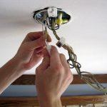 Как подключить потолочные светильники?